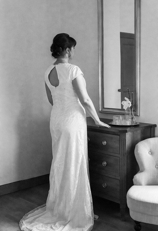 Schenströmska herrgården brudförberedelser bröllopsfotograf stockholm helloalora herrgårdsbröllop