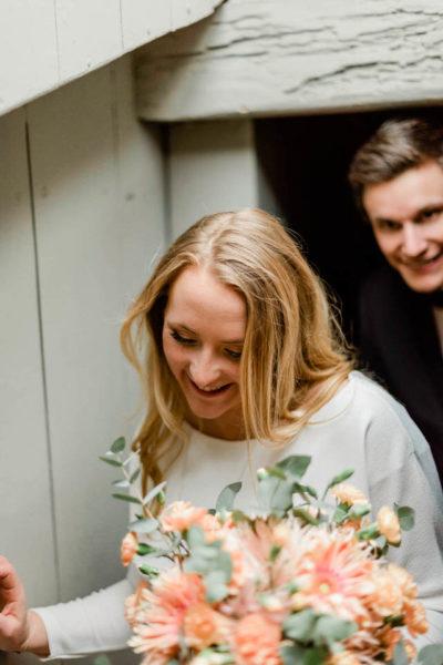 Brudpar vigsel stockholm bröllopsfotograf stockholm helloalora